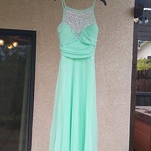 B. Darlin size 5/6 seafoam green prom dress